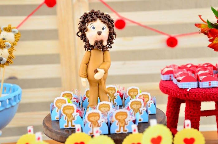 Cowardly Lion figurine and favors from a Wizard of Oz Birthday Party on Kara's Party Ideas | KarasPartyIdeas.com (18)