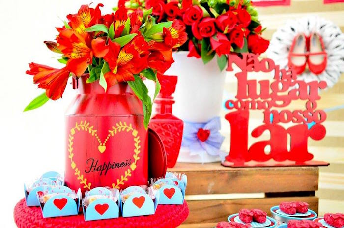 Florals and favors from a Wizard of Oz Birthday Party on Kara's Party Ideas | KarasPartyIdeas.com (25)