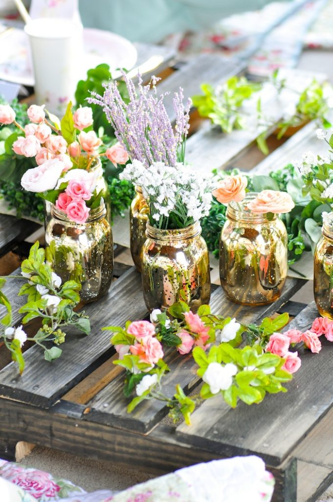 Gorgeous Tablescape from Floral Garden Bridal Shower via Kara's Party Ideas
