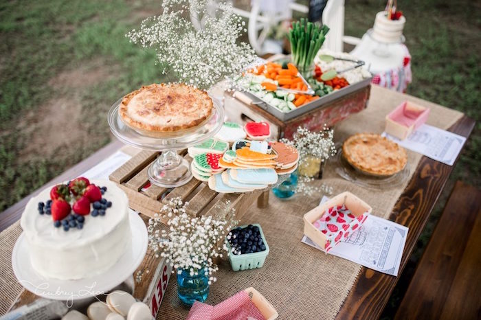 Farm tablescape from a Farmer's Market Birthday Party on Kara's Party Ideas | KarasPartyIdeas.com (26)