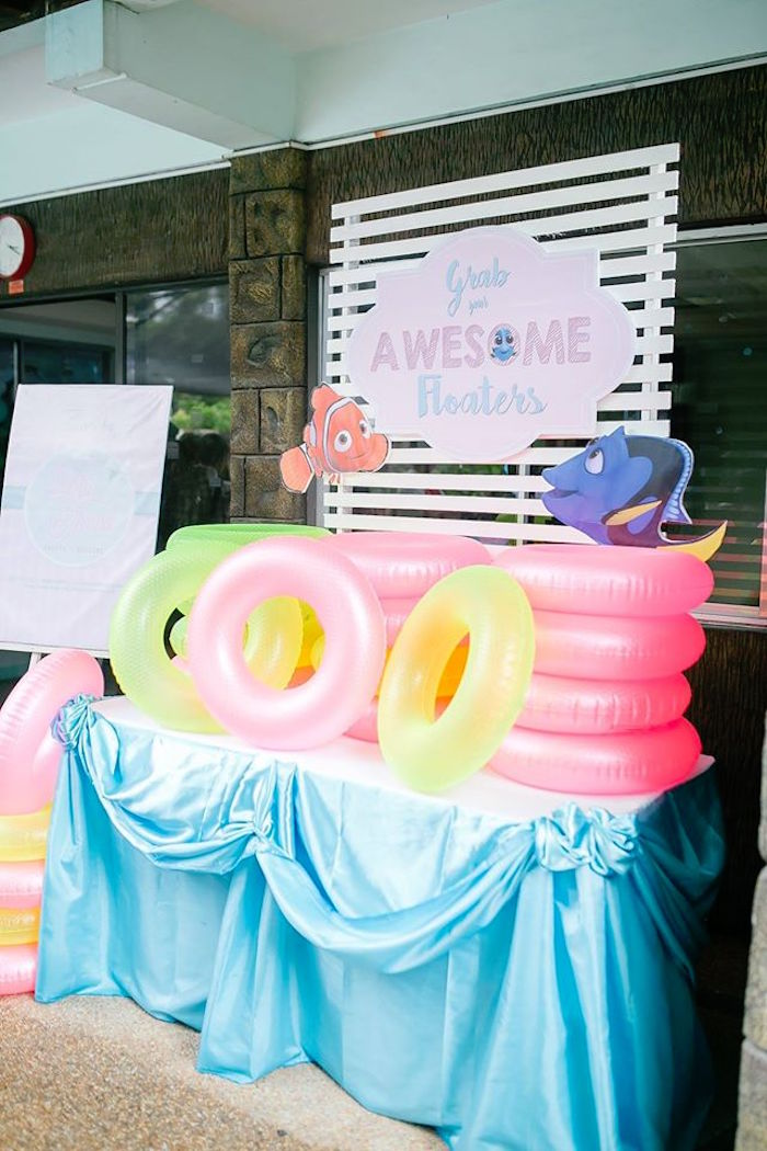Floaty table from a Finding Dory Birthday Pool Party on Kara's Party Ideas | KarasPartyIdeas.com (10)