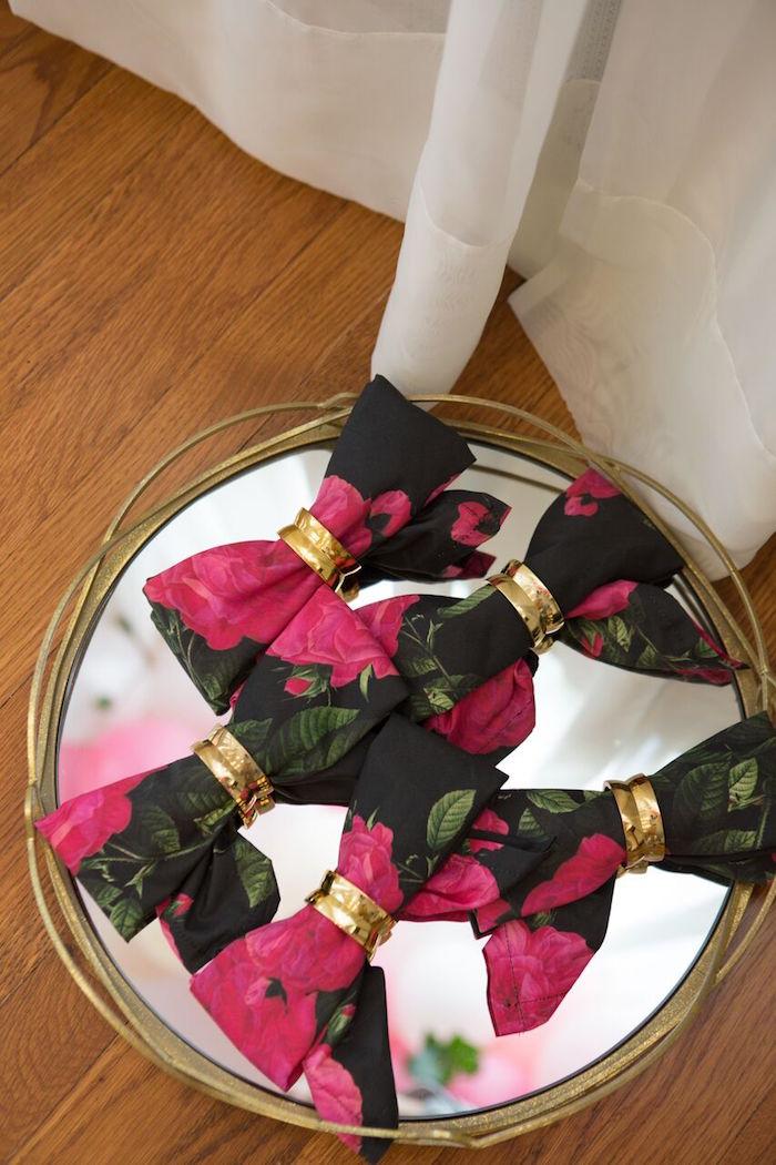 Hair bow napkins from a Floral Minnie Mouse Birthday Party on Kara's Party Ideas | KarasPartyIdeas.com (15)