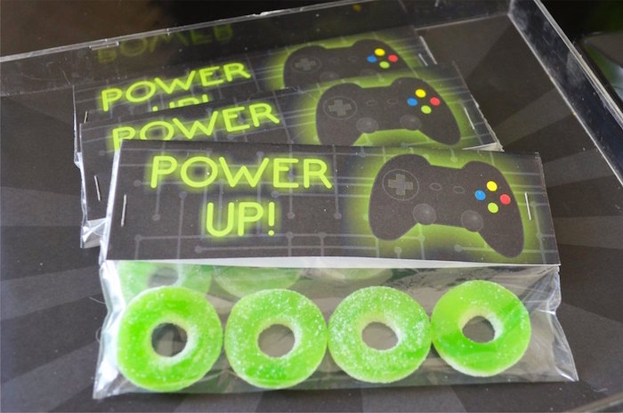 Power up gummies from a Gaming + Video Gamer Birthday Party on Kara's Party Ideas | KarasPartyIdeas.com (16)