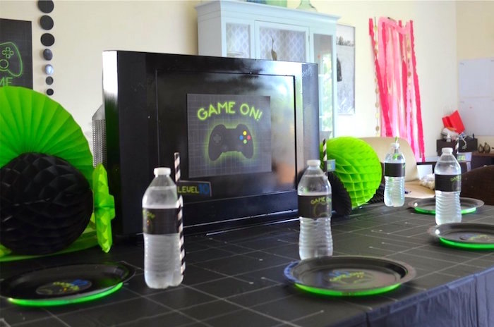 Guest table from a Gaming + Video Gamer Birthday Party on Kara's Party Ideas | KarasPartyIdeas.com (21)