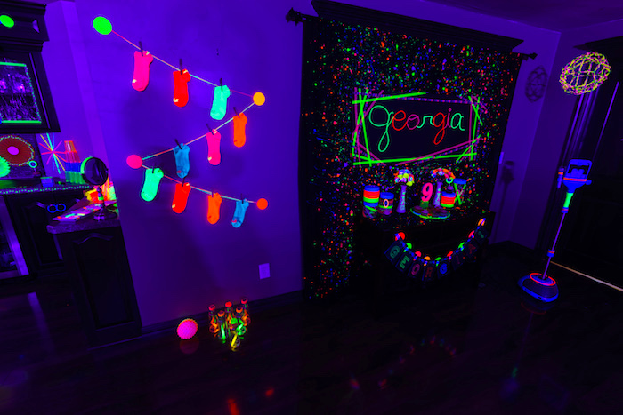 Glow Dance Birthday Party on Kara's Party Ideas | KarasPartyIdeas.com (42)