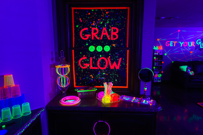 Karas Party Ideas Glow Dance Birthday Party Karas Party Ideas