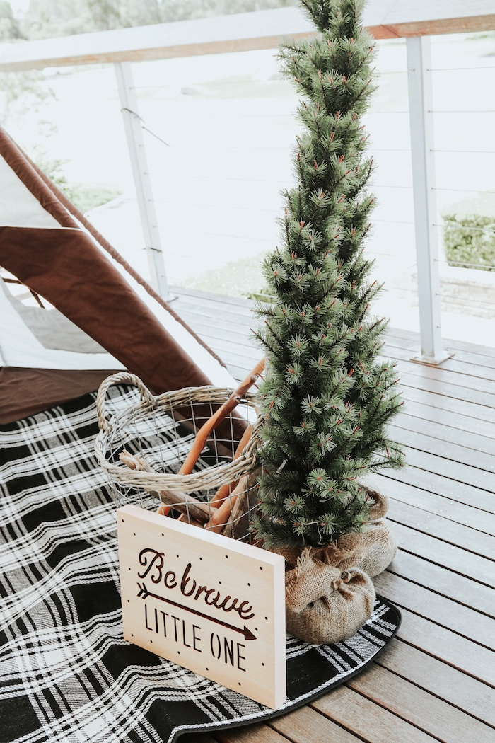 "Rustic decor from a Lumberjack + ""Wild ONE"" 1st Birthday Party on Kara's Party Ideas 