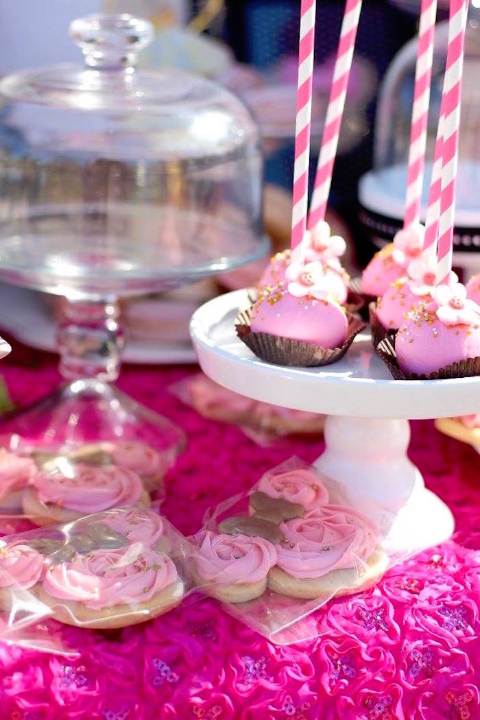 Kara S Party Ideas Minnie Mouse Quot Oh Two Dles Quot 2nd Birthday