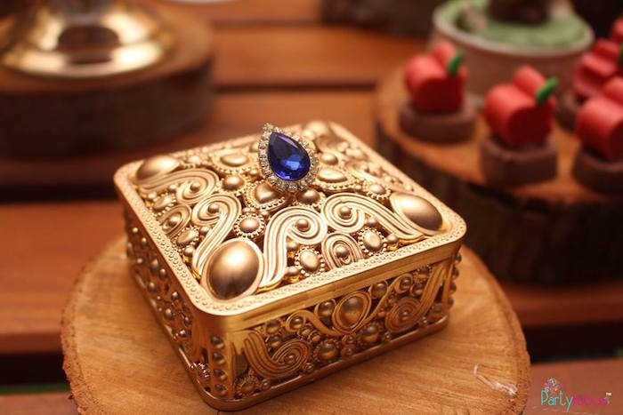 Jeweled box from a Snow White & The Seven Dwarfs Birthday Party on Kara's Party Ideas | KarasPartyIdeas.com (22)