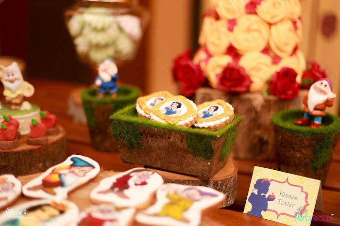 Cookies on moss platter from a Snow White & The Seven Dwarfs Birthday Party on Kara's Party Ideas | KarasPartyIdeas.com (17)