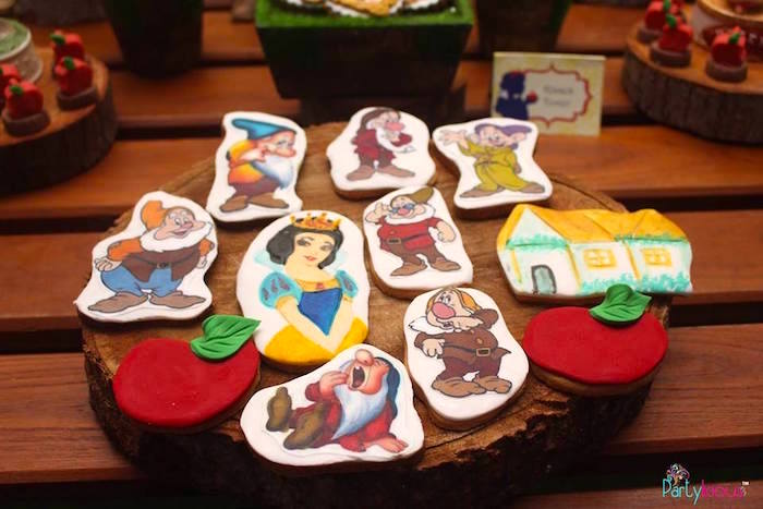 Cookies from a Snow White & The Seven Dwarfs Birthday Party on Kara's Party Ideas | KarasPartyIdeas.com (13)