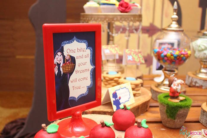 Snow White party print from a Snow White & The Seven Dwarfs Birthday Party on Kara's Party Ideas | KarasPartyIdeas.com (11)