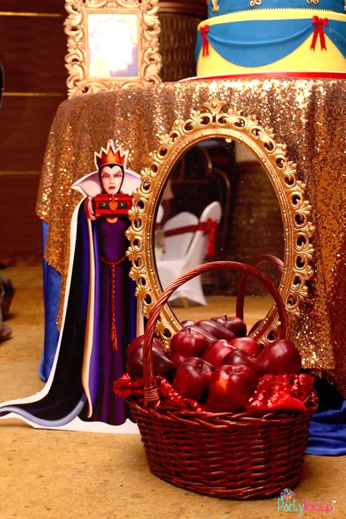Magic Mirror + Evil Queen Standee from a Snow White & The Seven Dwarfs Birthday Party on Kara's Party Ideas | KarasPartyIdeas.com (37)
