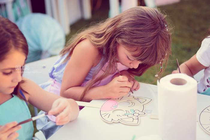 Coloring activity from a Whimsical Shabby Chic Cat Themed Birthday Party on Kara's Party Ideas | KarasPartyIdeas.com (16)