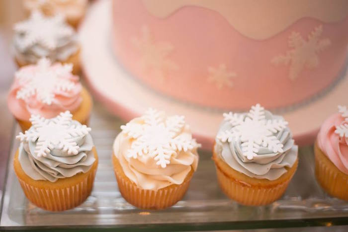 Snowflake cupcakes from a Winter ONEderland First Birthday Party on Kara's Party Ideas | KarasPartyIdeas.com (21)