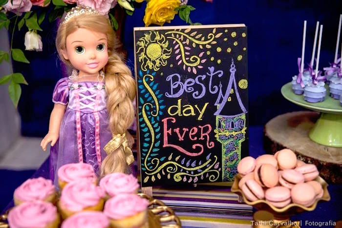 """Best Day Ever chalkboard sign from a """"Floating Lanterns Gleam"""" Tangled Birthday Party on Kara's Party Ideas   KarasPartyIdeas.com (9)"""