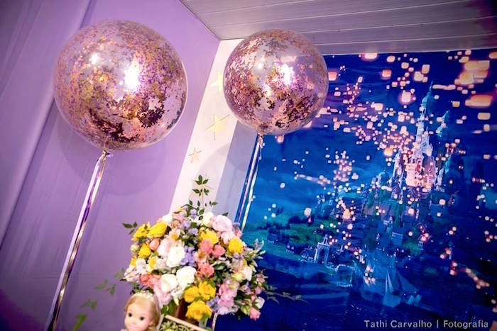Kara S Party Ideas Quot Floating Lanterns Gleam Quot Tangled