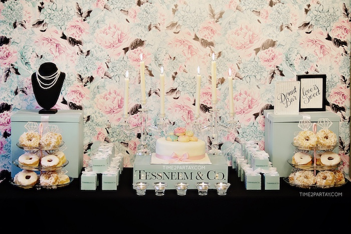 Breakfast at Tiffany's Inspired Bridal Shower on Kara's Party Ideas | KarasPartyIdeas.com (34)