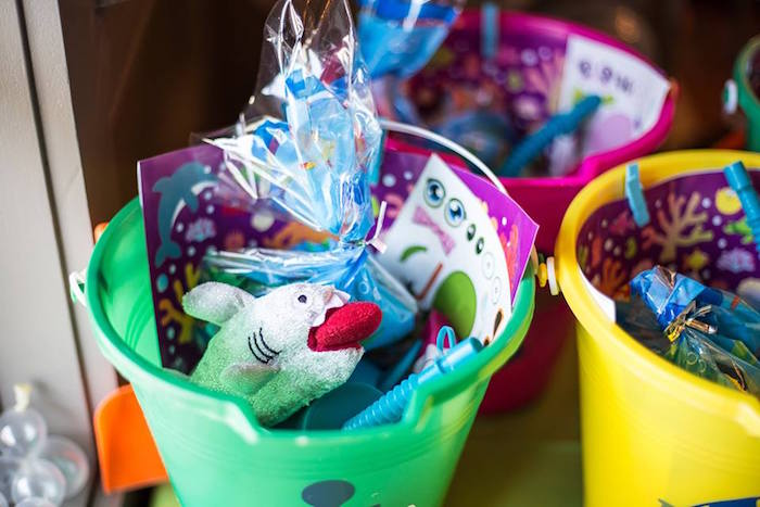Peach pail favor buckets from a Bubbly Under the Sea Birthday Party on Kara's Party Ideas | KarasPartyIdeas.com (13)
