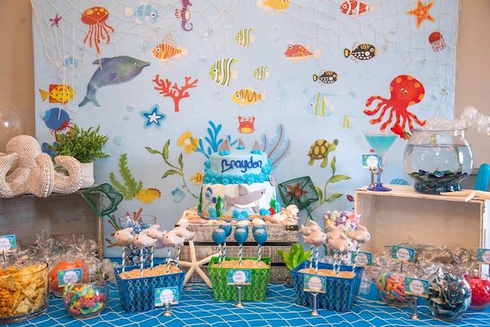 Sweet tablescape from a Bubbly Under the Sea Birthday Party on Kara's Party Ideas | KarasPartyIdeas.com (12)