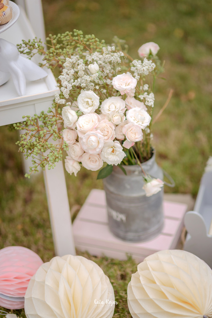 Spring blooms from a Countryside Bunny Party via Kara's Party Ideas | KarasPartyIdeas.com (24)