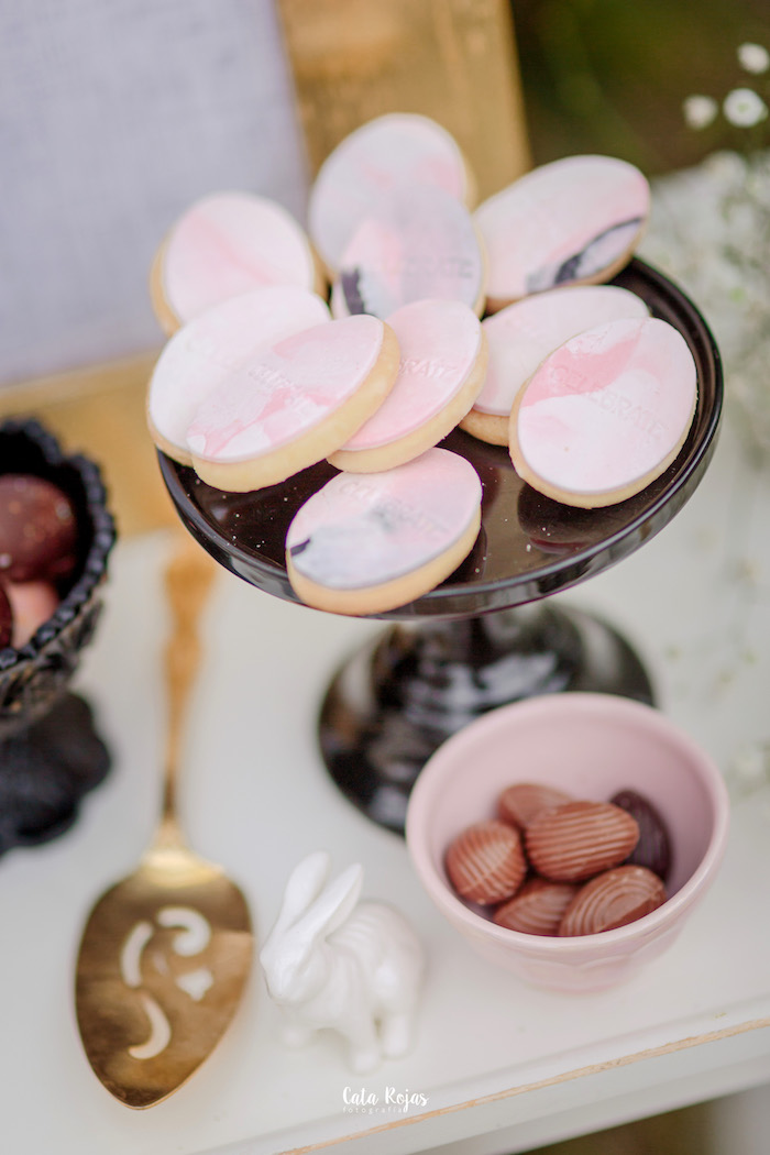 Marble egg cookies from a Countryside Bunny Party via Kara's Party Ideas | KarasPartyIdeas.com (22)