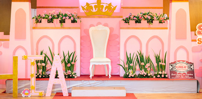 Glam Royal Princess Birthday Ball on Kara's Party Ideas | KarasPartyIdeas.com (2)