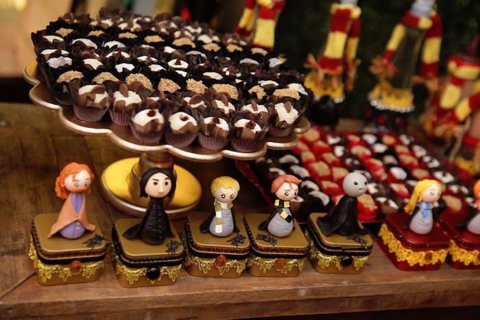 Favor tins from a Harry Potter Birthday Party on Kara's Party Ideas | KarasPartyIdeas.com (8)