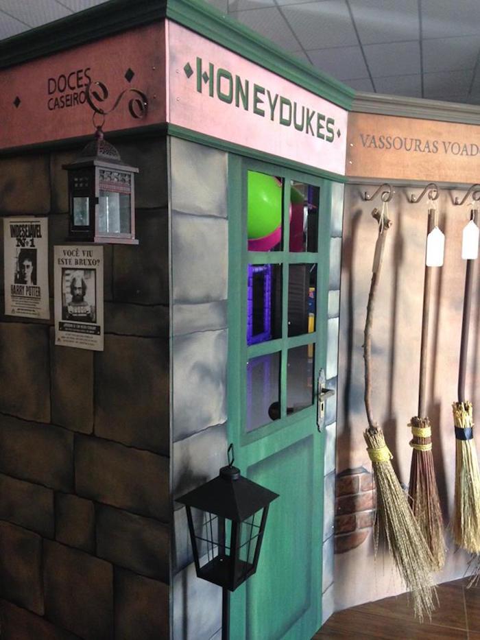 Honeydukes from a Brazilian Harry Potter Birthday Party on Kara's Party Ideas | KarasPartyIdeas.com (35)