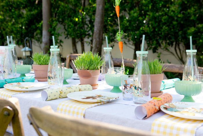 Guest tablescape from a Peter Rabbit Easter Party on Kara's Party Ideas | KarasPartyIdeas.com (15)
