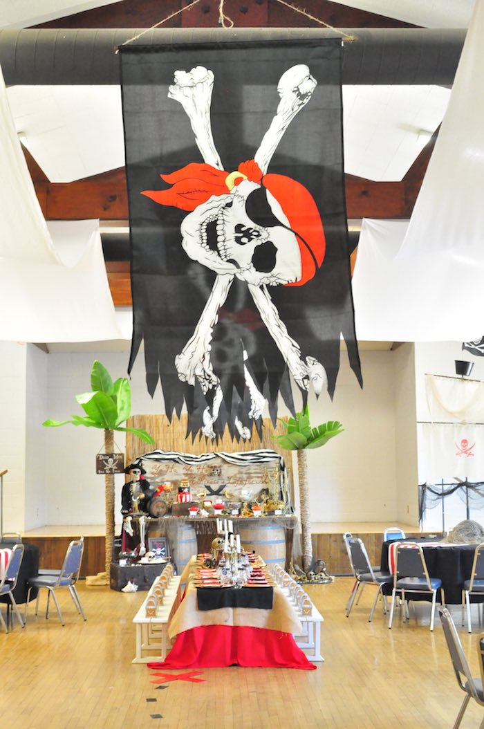 Pirate flag from a Pirates of the Caribbean Birthday Party on Kara's Party Ideas | KarasPartyIdeas.com (24)