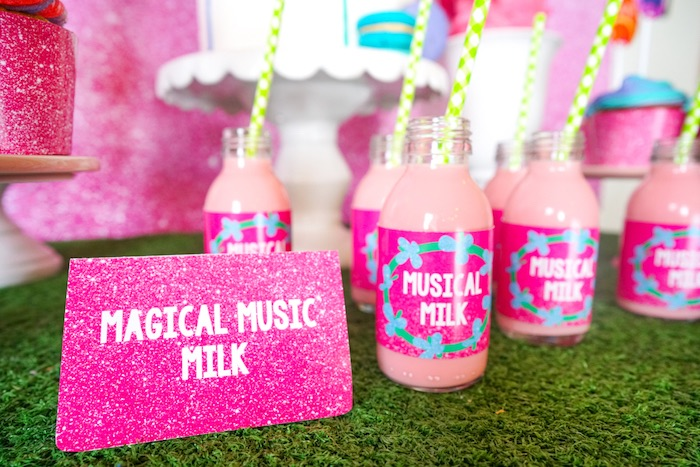 Pink glitter label from a Trolls Birthday Party with FREE Printables on Kara's Party Ideas | KarasPartyIdeas.com (16)
