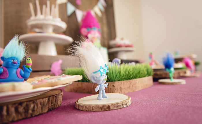 Troll tablescape from a Trolls Inspired Birthday Party on Kara's Party Ideas | KarasPartyIdeas.com (4)