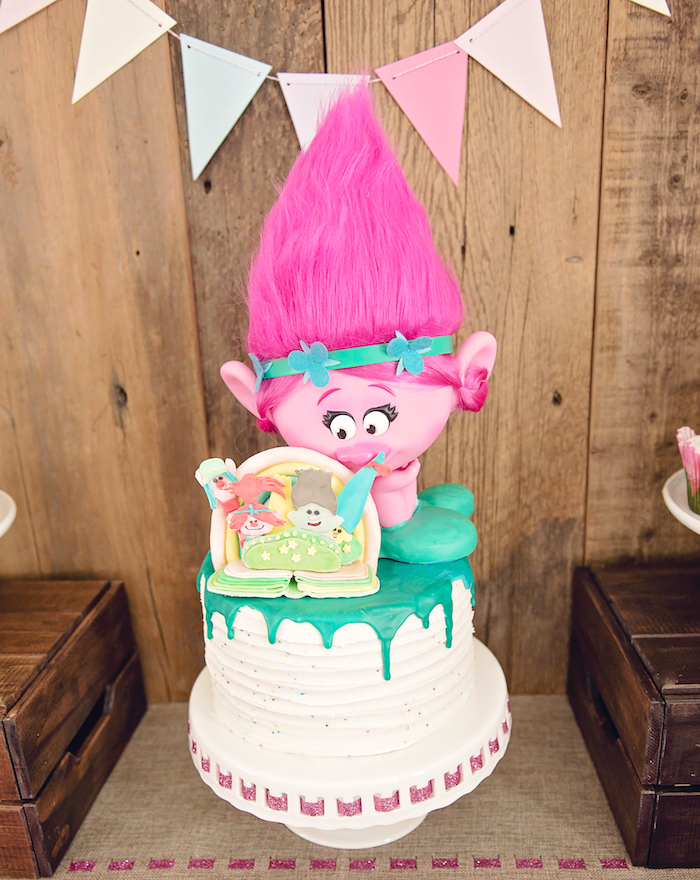 Poppy Trolls Birthday Cake