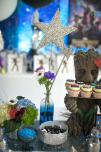 """Glitter starred floral arrangement from a """"Guardians of the Galaxy"""" Birthday Party on Kara's Party Ideas 