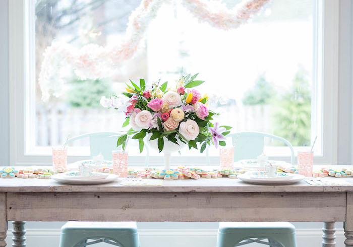 Guest tablescape from a Colorful Garden Party on Kara's Party Ideas | KarasPartyIdeas.com (25)