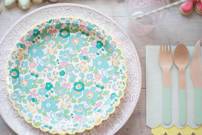 Place setting from a Colorful Garden Party on Kara's Party Ideas | KarasPartyIdeas.com (22)