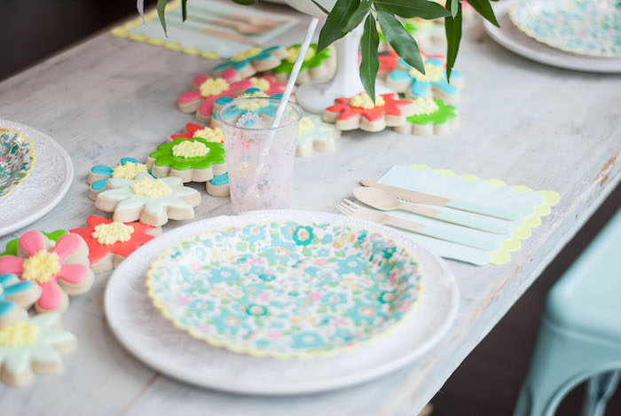 Place setting from a Colorful Garden Party on Kara's Party Ideas | KarasPartyIdeas.com (20)