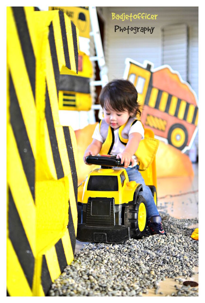 Construction Birthday Party on Kara's Party Ideas | KarasPartyIdeas.com (42)