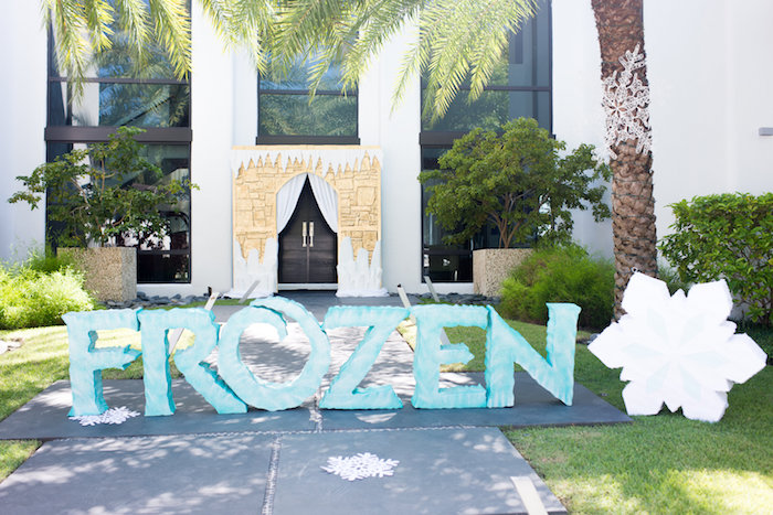 Lettering from an Elegant Frozen Birthday Party on Kara's Party Ideas | KarasPartyIdeas.com (49)
