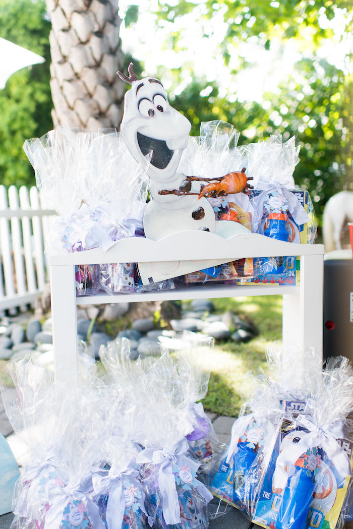 Favors from an Elegant Frozen Birthday Party on Kara's Party Ideas | KarasPartyIdeas.com (11)