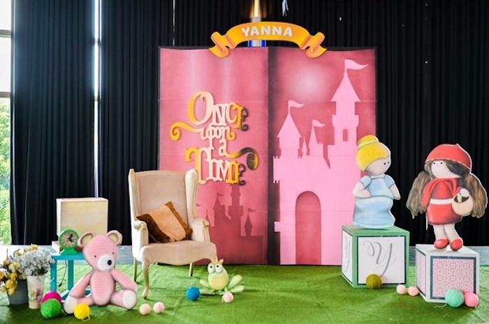 Fairytale Princess Birthday Party on Kara's Party Ideas | KarasPartyIdeas.com (19)