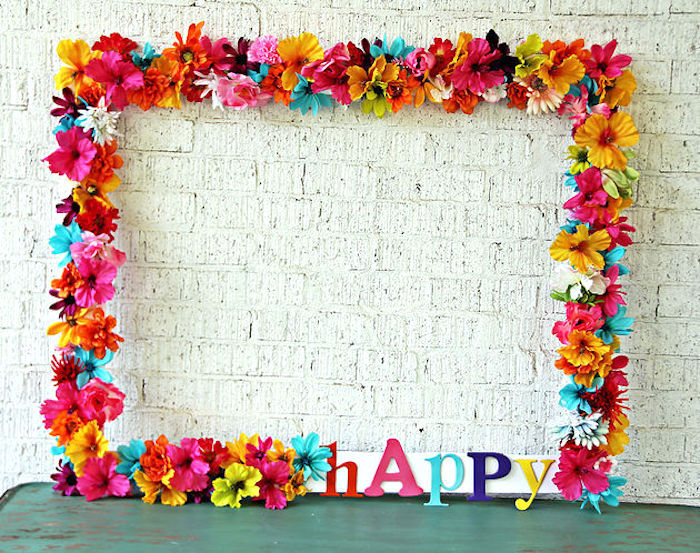 Kara's Party Ideas Floral photo frame from a Hawaiian Luau Birthday Party via Kara's Party Ideas ...