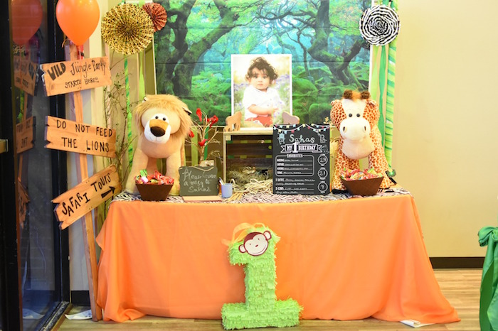 Highlight table from a Jungle Safari Birthday Party on Kara's Party Ideas | KarasPartyIdeas.com (23)