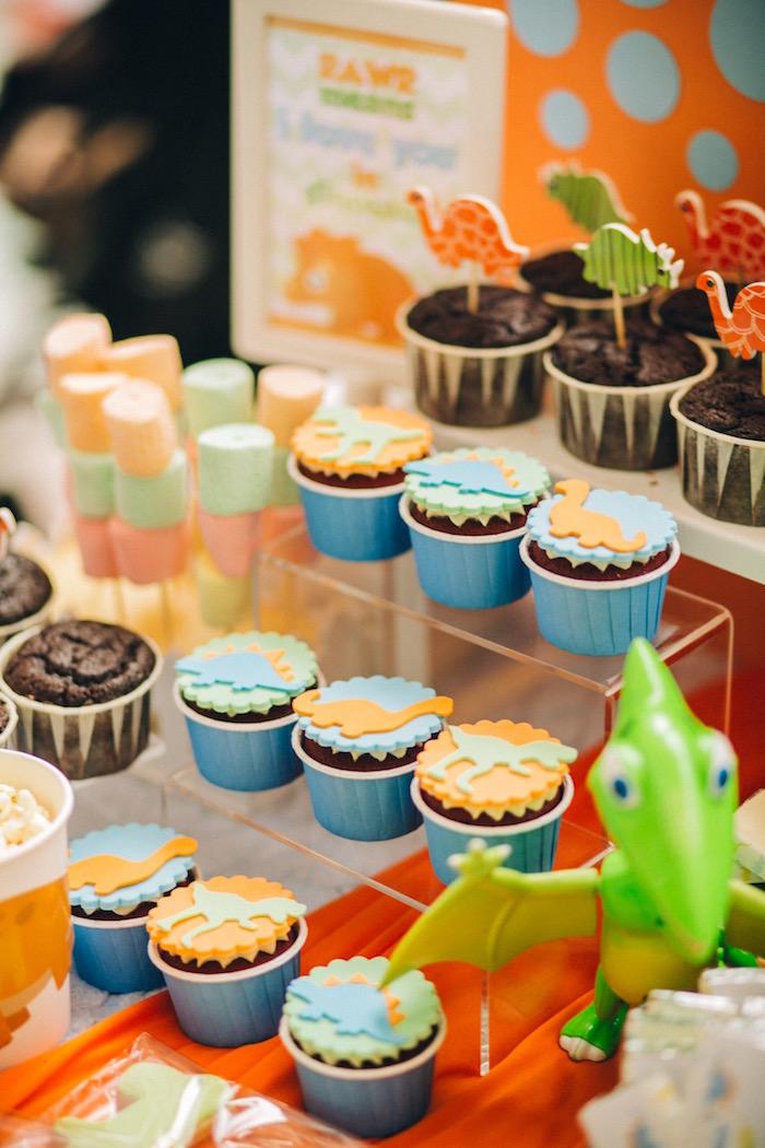 Dinosaur cupcakes from a Modern Dinosaur Birthday Party on Kara'a Party Ideas | KarasPartyIdeas.com (18)