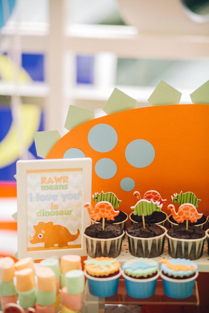 Dinosaur cupcakes from a Modern Dinosaur Birthday Party on Kara'a Party Ideas | KarasPartyIdeas.com (17)
