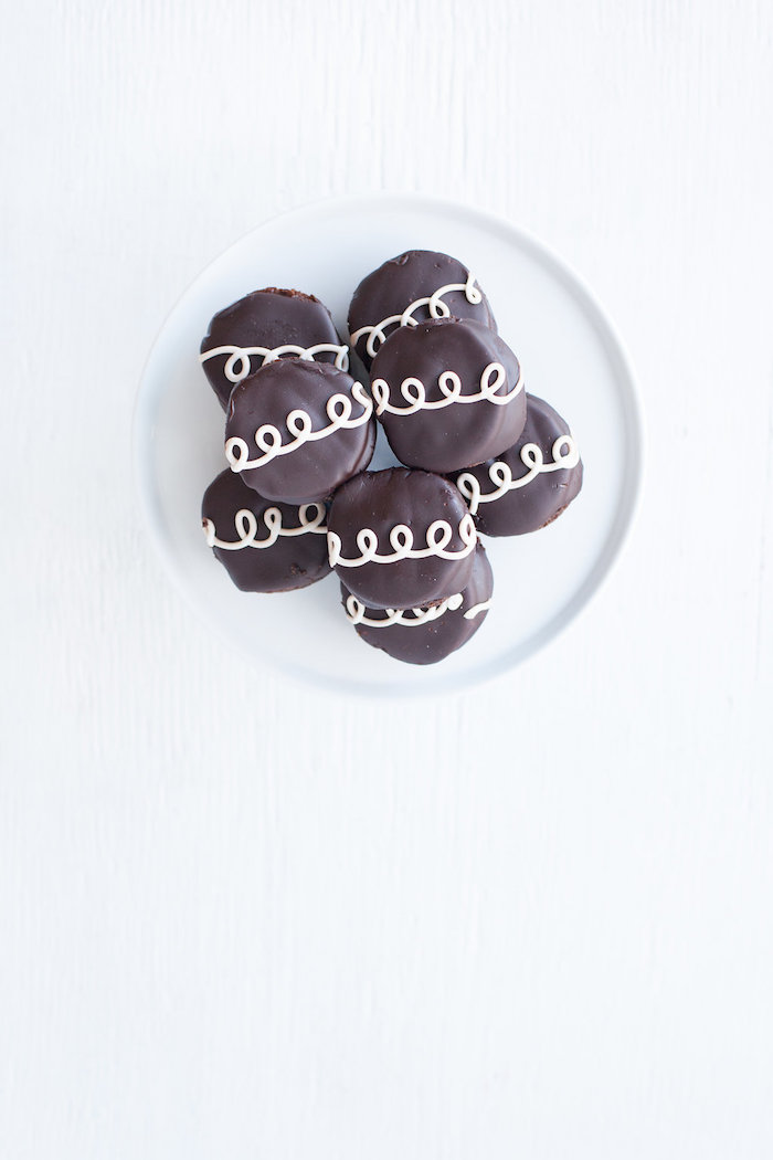 Hostess Cupcakes from a Monochromatic Just Dance Birthday Party on Kara's Party Ideas | KarasPartyIdeas.com (11)