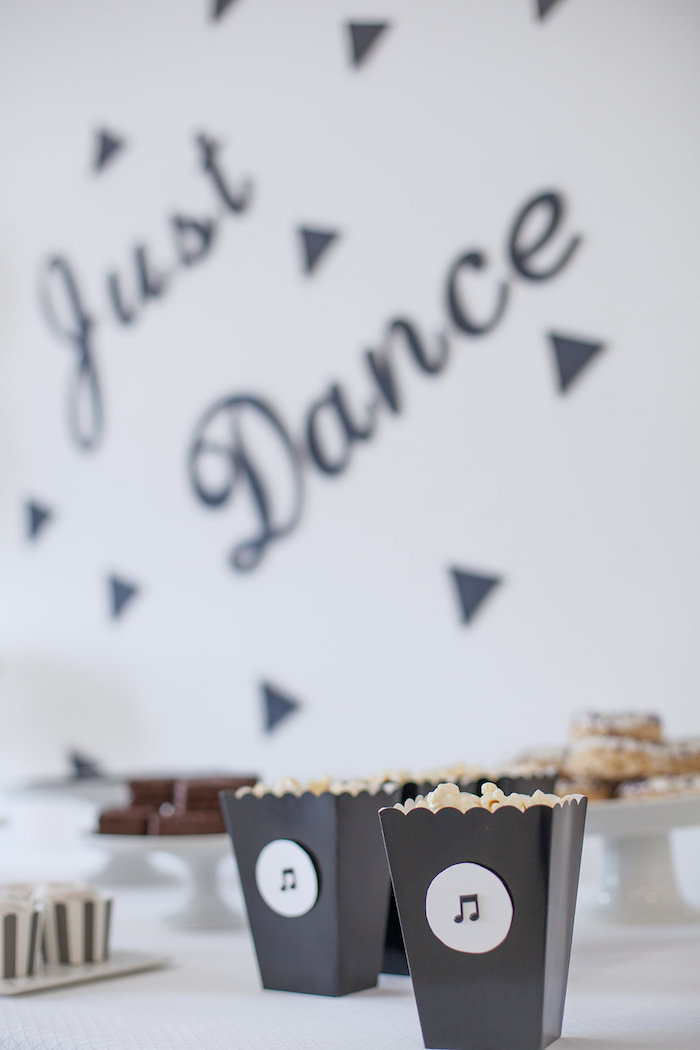 Music note popcorn boxes from a Monochromatic Just Dance Birthday Party on Kara's Party Ideas | KarasPartyIdeas.com (26)