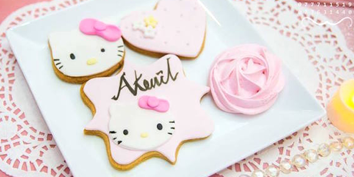 Ruffled Hello Kitty Birthday Party on Kara's Party Ideas | KarasPartyIdeas.com (2)