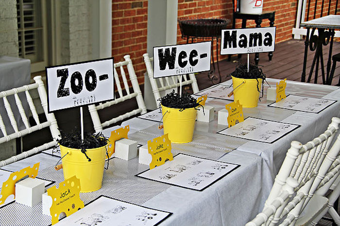 "Guest tablescape from a ""Diary of a Wimpy Kid"" Party on KARA'S PARTY IDEAS 